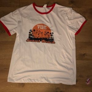 Tops - Vibe Sunset Beach T-Shirt